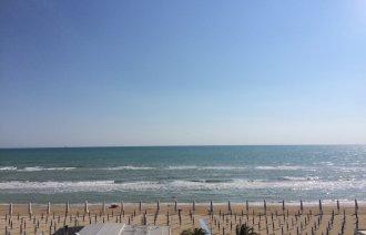 Výhled na pláž