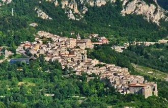 Městečko Caramanico Terme